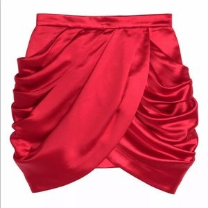 NWT Balmain H&M satin red skirt sz. 12
